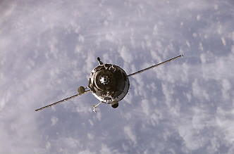 Arrival of Soyuz TMA-10 at the ISS