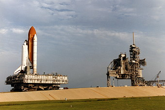 STS-69 rollout