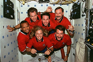 traditional in-flight photo STS-85