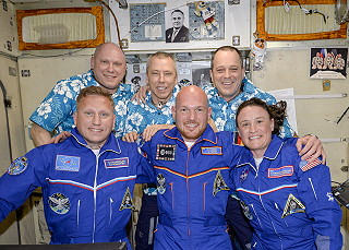 Welcome crew Soyuz MS-09
