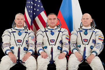 Crew ISS Expedition 38 backup